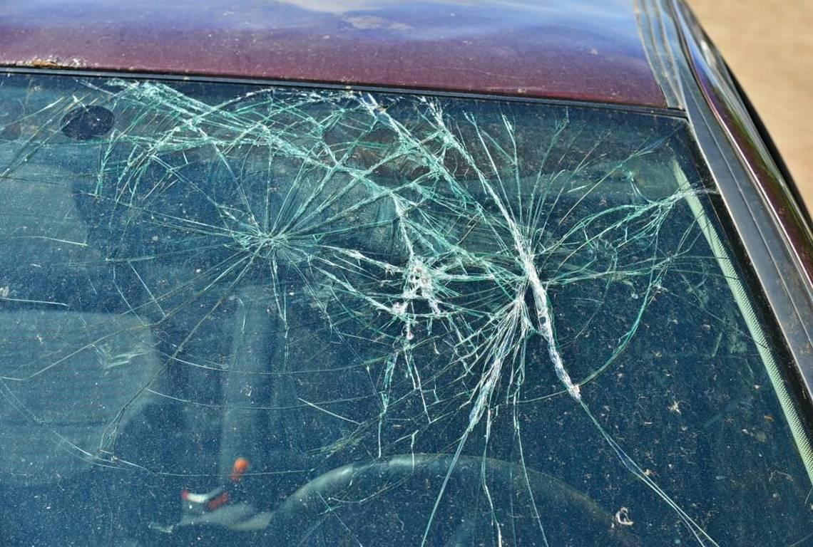 Best Ways to Deal with Shattered Windscreen